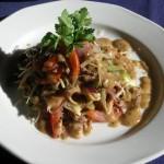 Салат из печени индейки с шампиньонами