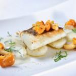 Белая рыба с «горячим» соусом