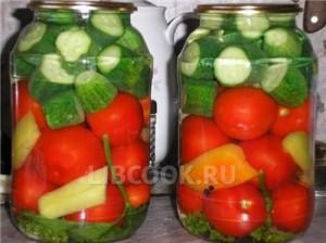 Соленья - Ассорти с помидорами