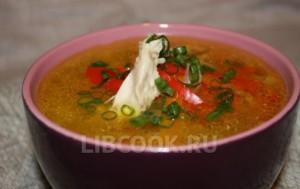 Мясной суп со сладким перчиком