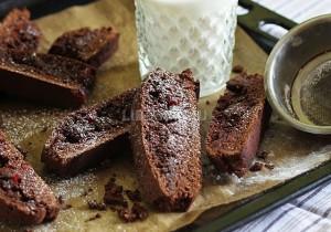 Шоколадное печенье бискотти