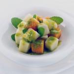 Сладкий салат из дыни