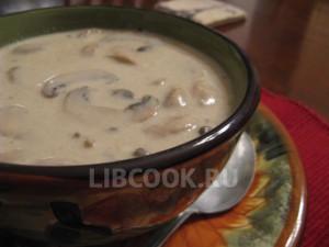 Сырный суп-пюре из шампиньонов
