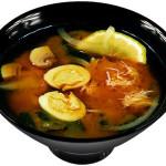 Японский суп с яйцом и крабом