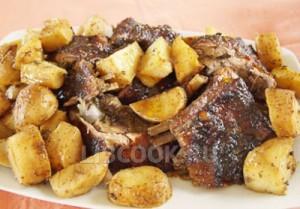 Баранина в духовке с картошкой
