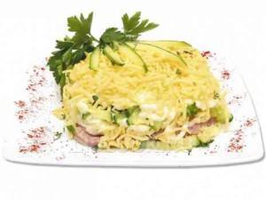 Простой салат с телятиной