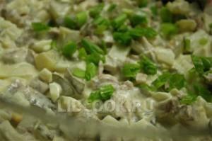 Русский салат с телятиной