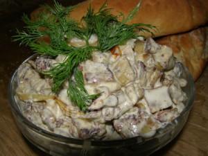 Салат из баклажан с копченым мясом