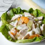 Салат из индейки, манго и винограда