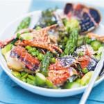 Фрикасе из омаров с зелеными овощами и тимьяном