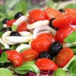 Теплый салат с кальмарами «Для нее»