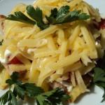 Салат из колбасы и картофеля