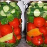 Соленья – Ассорти с помидорами