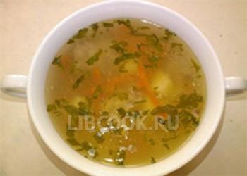 Рыбный суп с морской капустой.