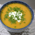 Сырный суп с фасолью и огурцом