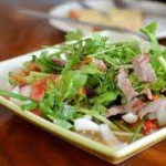 Острый мясной салат