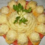 Салат «Рафаэлло» с курицей и грибами
